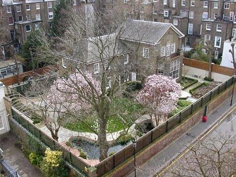 Garden Lodge: A milionária mansão de Freddie Mercury é uma das casas mais  bonitas do mundo – Queen Net